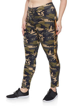 Plus Size Love Graphic Camo Leggings - 1951062120040