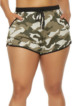 Plus Size Camo Print Shorts - 1960001440024