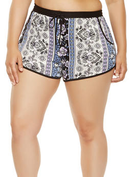 Plus Size Printed Dolphin Shorts - 1960001440025