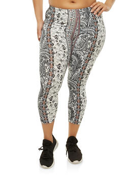 Plus Size Border Print Cropped Leggings - 1965001446116