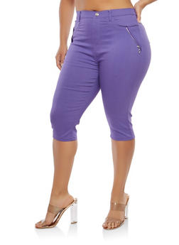 Plus Size Zipper Accent Capri Pants - 1965063405513