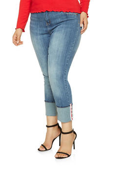 Plus Size Almost Famous Faux Pearl Studded Jeans - 3870015990010