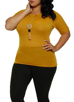 Plus Size Short Sleeve Ruched Top with Necklace - 3912038344181