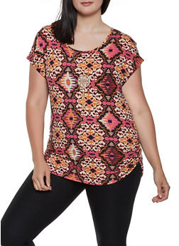 Plus Size Printed Top with Necklace - 3912066597040