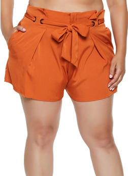 Plus Size Belted Crepe Knit Shorts - 3931069393017