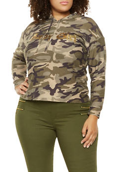 Plus Size Graphic Camo Sweatshirt - 3951074288110