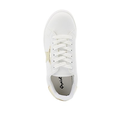 Qupid Star Classic Lace-Up Sneakers