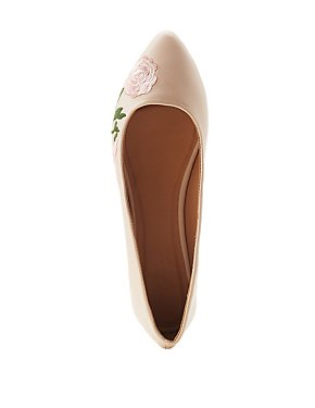 Embroidered Pointed Toe Flats