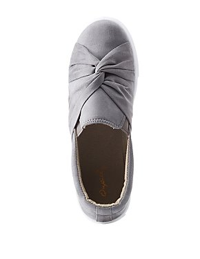Qupid Knotted Slip-On Sneakers