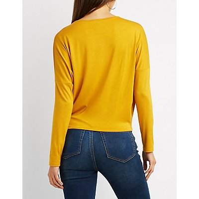 Keyhole Twist-Front Top