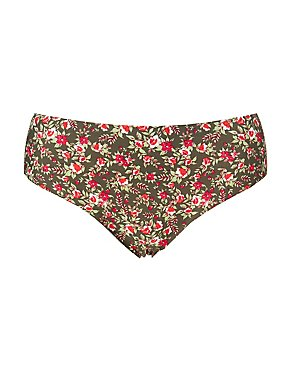 Plus Size Floral Laser Cut Cheeky Panties