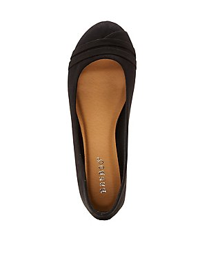 Bamboo Faux Suede Round Toe Flats