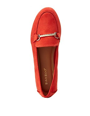 Bamboo Faux Suede Metal Buckle Loafer
