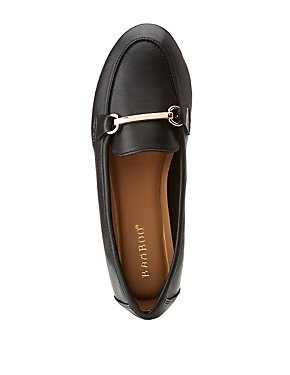Bamboo Faux Leather Metal Buckle Loafer