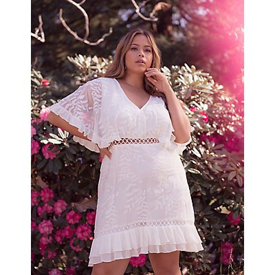 Plus Size Floral Embroidered Shift Dress