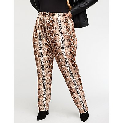 Plus Size Snakeskin Print Leggings