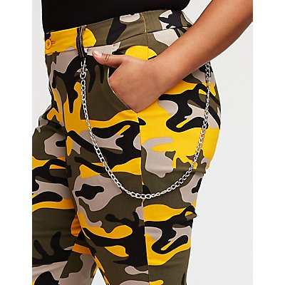 Plus Size Camo Chain Link Joggers