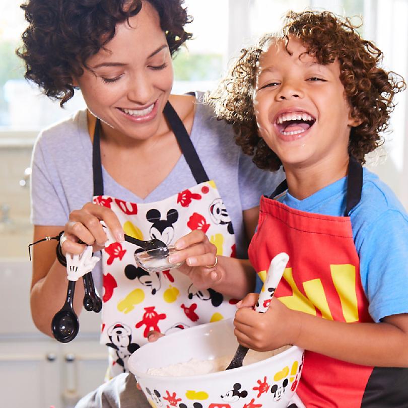Küche und Geschirr  ZUM SHOP