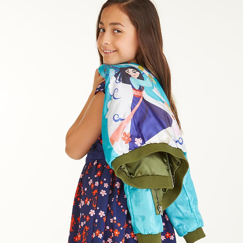 Kleidung für Mädchen  JETZT ENTDECKEN