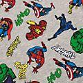 Disney Store Sweatshirt Marvel Comics pour enfants