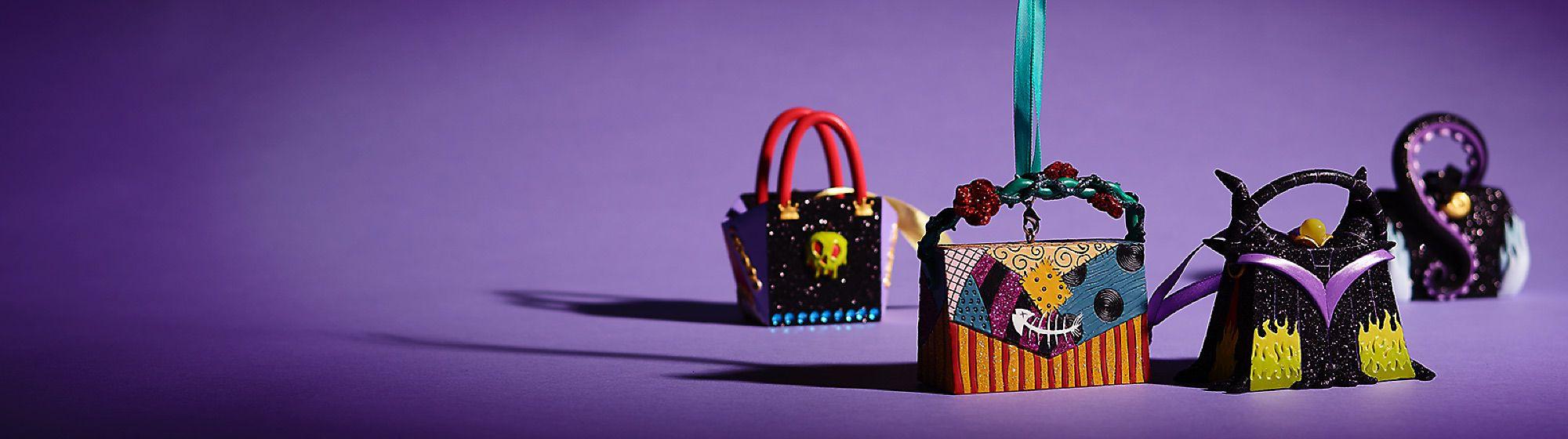 Trasporta la magia Scopri le nostre incantevoli decorazioni a forma di borsetta. ACQUISTA ORA