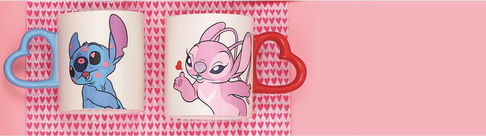 Valentinstag In unserer bezaubernden Kollektion mit Schmuck, Kuscheltieren und mehr findest du das perfekte Geschenk JETZT KAUFEN