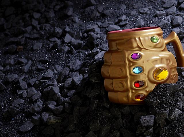 Avengers: Endgame Entdecke unsere epische Kollektion an Spielzeug, Kostümen und vielem mehr JETZT KAUFEN