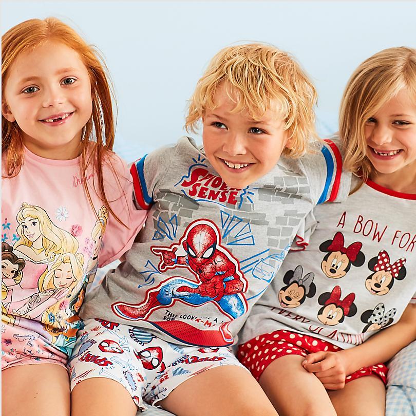 Pijamas y ropa para dormir para niños  COMPRAR