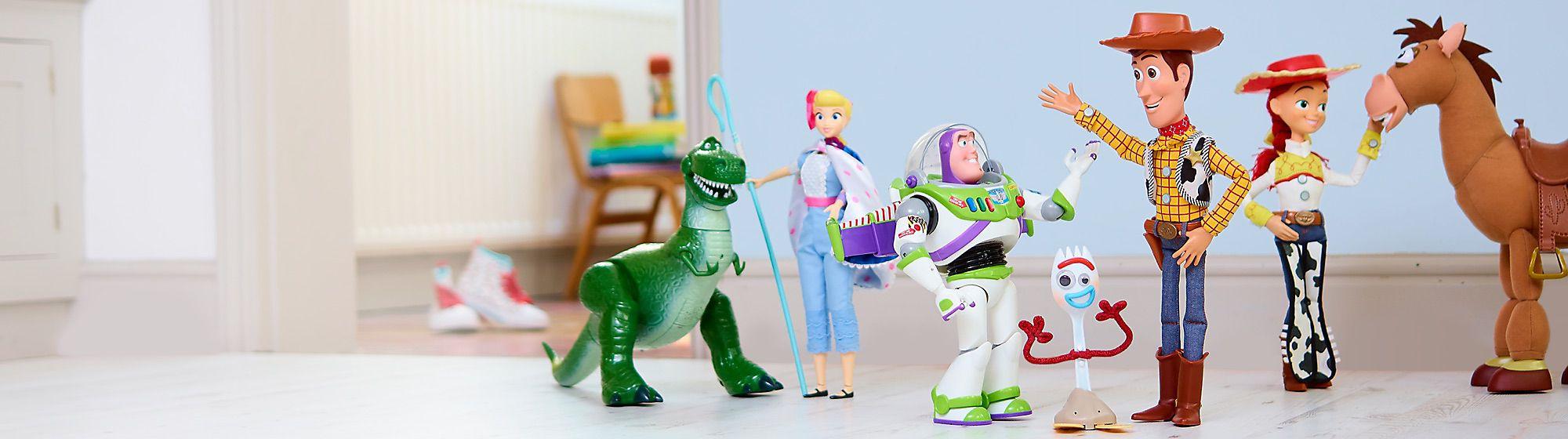 Disney•Pixar La casa degli articoli Disney Pixar è qui! Vieni a dare un'occhiata all'ampia gamma di prodotti targati Pixar, tra cui peluche, figure, playset, articoli per la casa e tanto altro ancora