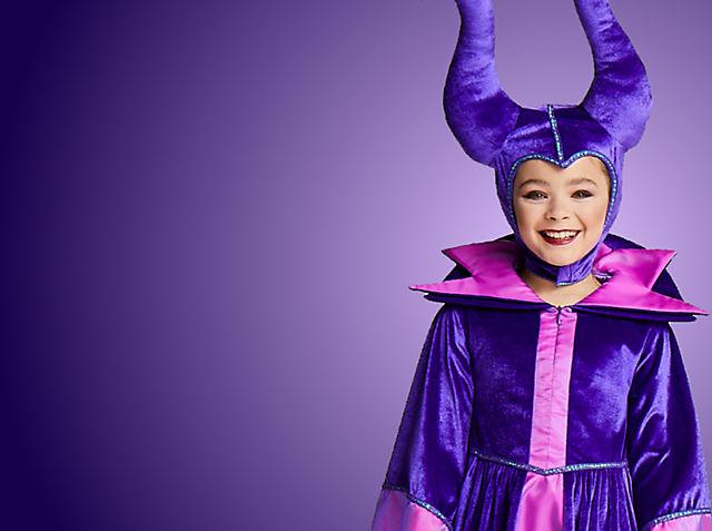 Maleficent: Mächte der Finsternis Tauche ab in eine wunderbare Märchenwelt und entdecke unsere neue Kollektion an Kostümen, Spielzeugen und vielem mehr JETZT KAUFEN
