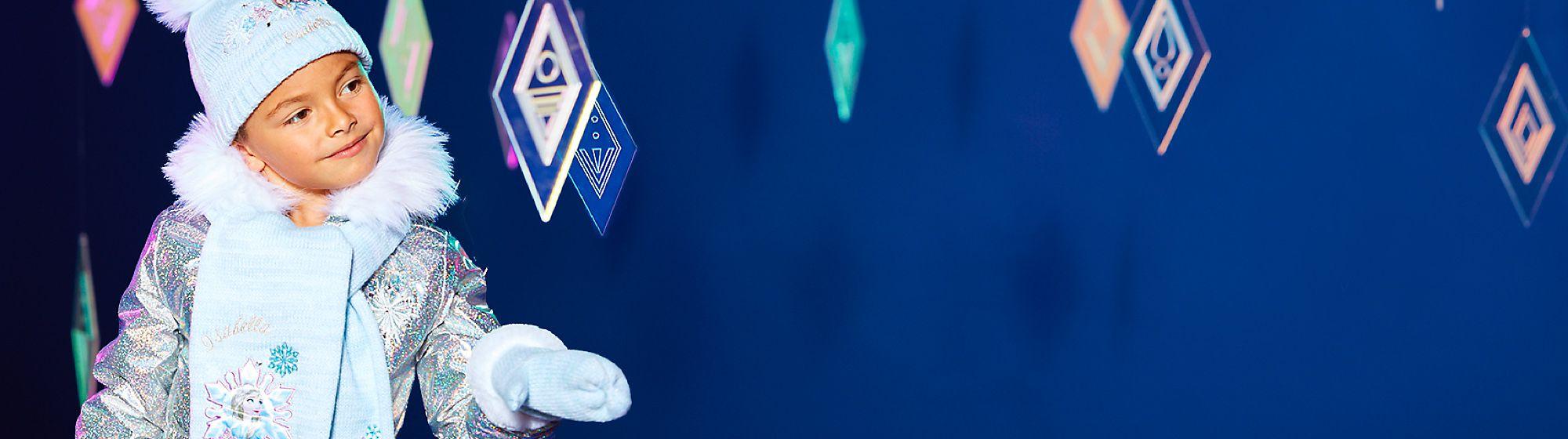 Accessoires von Die Eiskönigin 2 Entdecke unsere Kollektion an Accessoires mit Taschen, Mützen, Gepäck und mehr
