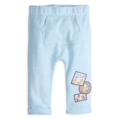 Winnie the Pooh Layette Pyjamas and Slippers Baby Set