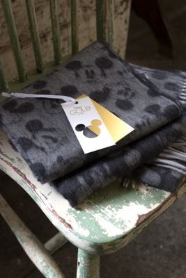 Mickey Mouse Lambswool Scarf