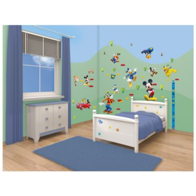 Mickey Mouse 58 Piece Room Decor Kit