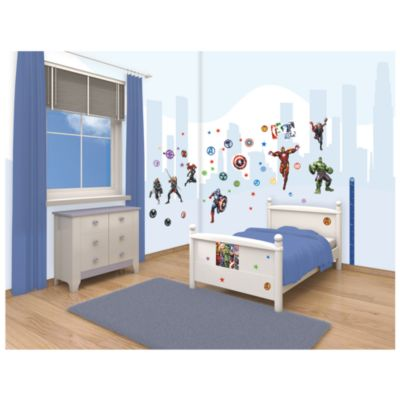 The Avengers 66 Piece Room Decor Kit