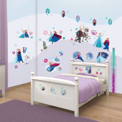 Frozen 88 Piece Room Decor Kit