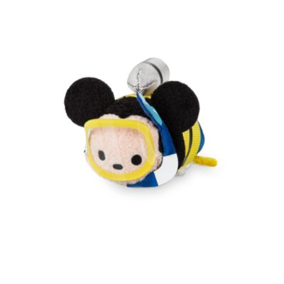 Holiday Mickey Mouse Tsum Tsum Mini Soft Toy