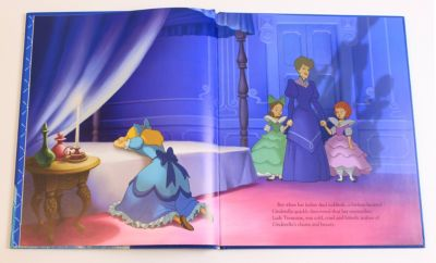 Cinderella - Disney Movie Collection Book