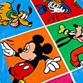 Toalla de playa Mickey y sus amigos, Disney Store