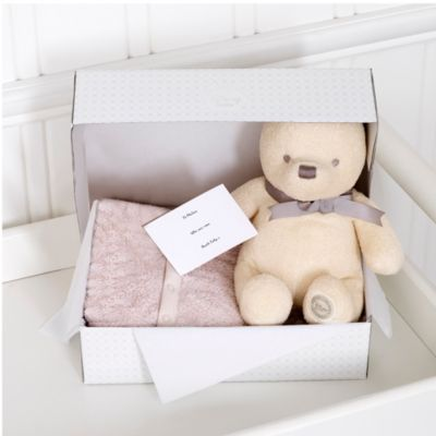 Winnie the Pooh Layette Unisex Personalised Baby Gift Set