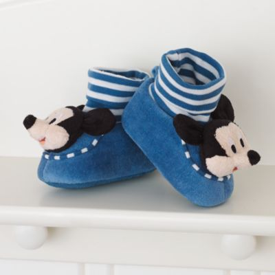 Mickey Mouse Cute and Cosy Personalised Baby Gift Set