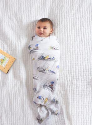 Set de 4 arrullos de Winnie the Pooh de Aden + Anais para bebé