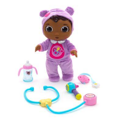 Muñeca de la bebé Cece de la Doctora Juguetes con accesorios médicos