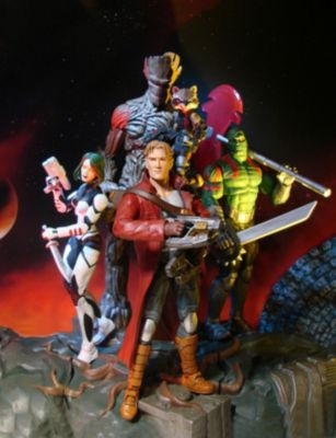 Figurine articulée de Gamora et Rocket Raccoon avec socle encastrable Marvel Select Les Gardiens de la Galaxie