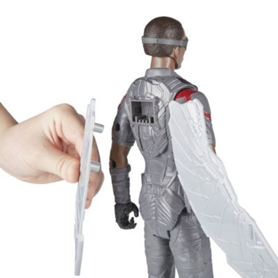 Figurine articulée Titan Hero Power FX Falcon