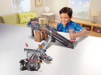 Disney Pixar Cars - Zweispuriges Carbon Racers Rennspielset
