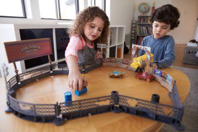 Set da gioco Crazy 8 Crashers Smash & Crash Derby, Disney Pixar Cars 3