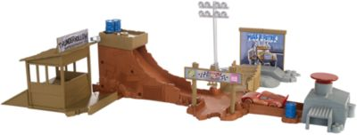 Disney Pixar Cars 3 Thunder Hollow Track Set