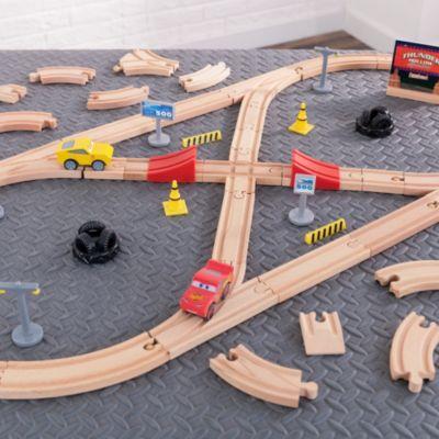 Ensemble en bois Construis ton circuit, Disney Pixar Cars3