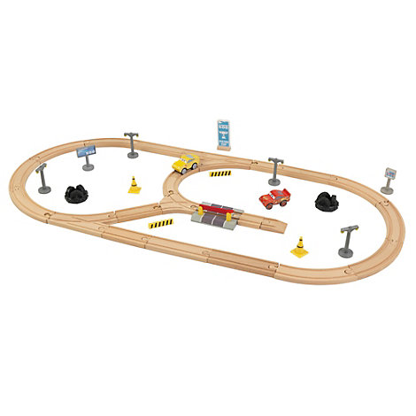 Set de madera para crear tu propio recorrido de vías de Disney Pixar Cars3